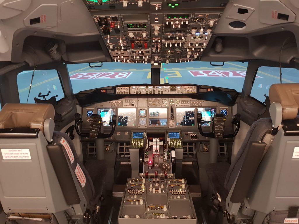 737-800 sim